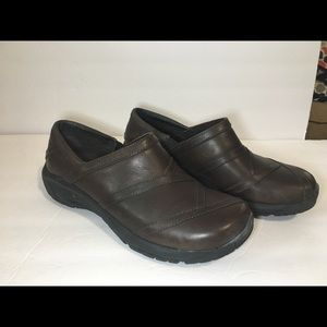 Women's Sz 9.5 Merrell Brown Leather Shoes